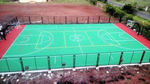 Comfortable multipurpose court